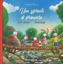 Una giornata di primavera. La famiglia Coniglietti. Ediz. a colori - Nadia Al Omari - copertina