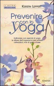 Libro Prevenire con lo yoga Kerstin Leppert
