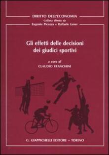 Gli effetti delle decisioni dei giudici sportivi.pdf