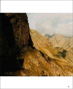 Foto Cover di In vetta. Le montagne del Trentino orientale: racconto di un viaggio. Ediz. italiana e inglese, Libro di Massimo Falqui Massida, edito da Touring 2