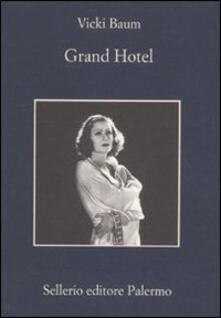 Winniearcher.com Grand Hotel Image
