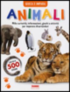 Animali. Gioca e impara. Con adesivi - copertina