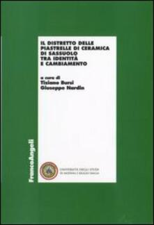 Il distretto delle piastrelle di ceramica di Sassuolo tra identità e cambiamento - copertina