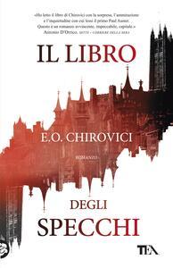 Il libro degli specchi - E. O. Chirovici - copertina