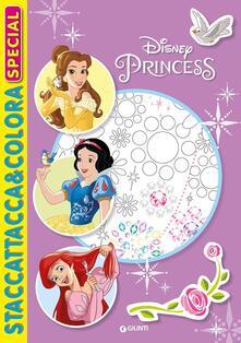 Principesse. Staccattacca e colora special. Con adesivi. Ediz. illustrata.pdf