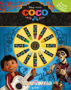 Coco. Libro pastello. Con 12 mini pastelli