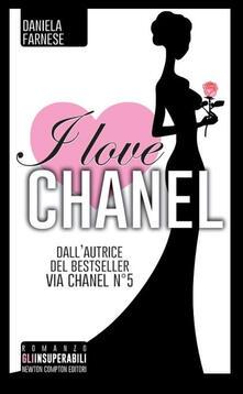 I love Chanel - Daniela Farnese - copertina