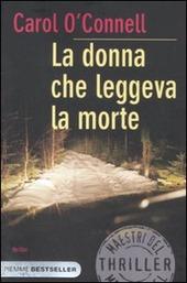 La donna che leggeva la morte