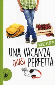 Una vacanza quasi perfetta - Anne Percin - copertina