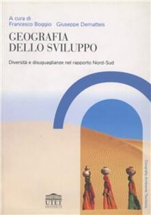 Geografia dello sviluppo. Diversità e diseguaglianza.pdf