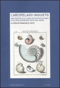 L' arcipelago inquieto. Una raccolta di saggi interdisciplinari sull'evoluzionismo visto dal mare