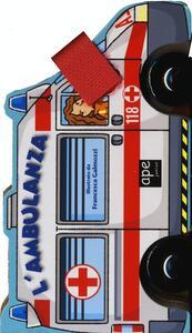 Ambulanza. Libro macchinina