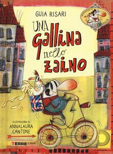 Una gallina nello zaino - Guia Risari - copertina