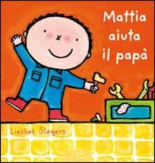 Mattia aiuta il papà.pdf