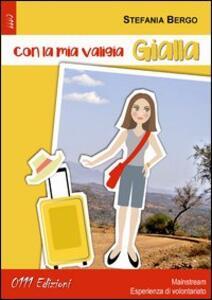 Con la mia valigia gialla