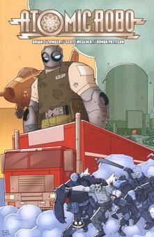 Atomic Robo e il fantasma della stazione X. Atomic Robo. Vol. 6.pdf