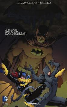 Arriva Catwoman. Batman. Il cavaliere oscuro. Vol. 8 - copertina