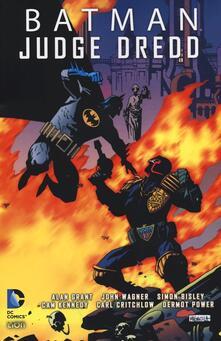 Tegliowinterrun.it Batman Judge Dredd. Vol. 1 Image
