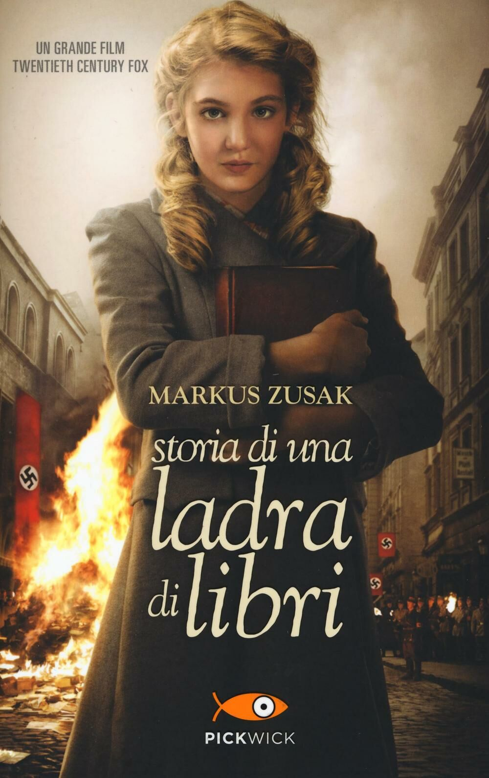 Storia di una ladra di libri markus zusak libro for Una casa di storia