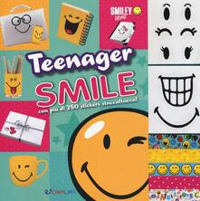 Camfeed.it Teenager smile. Smiley world. Con adesivi Image