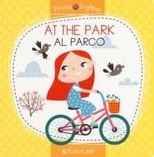 At the park-Al parco. Ediz. a colori.pdf