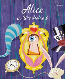 Radiosenisenews.it Alice in wonderland. Die-cut reading. Ediz. illustrata Image