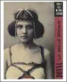 Rallydeicolliscaligeri.it Donna «La belle époque». Nella sala di posa Alinari. Ediz. illustrata Image
