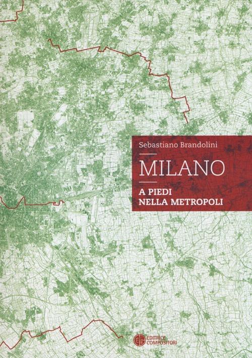 Milano. A piedi nella metro...