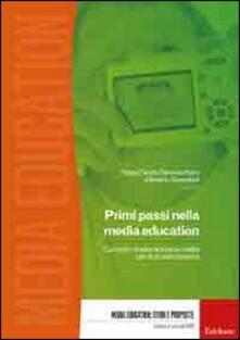 Fondazionesergioperlamusica.it Primi passi nella media education. Curricolo di educazione ai media per la scuola primaria. Con DVD-ROM Image