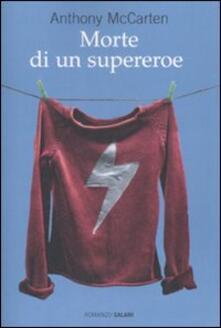 Morte di un supereroe.pdf
