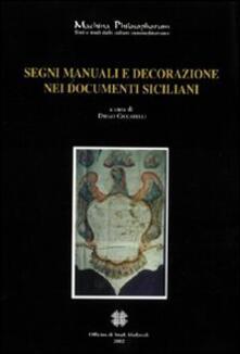 Segni manuali e decorazioni nei documenti siciliani.pdf