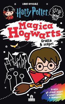 Camfeed.it Magica Hogwarts. Gratta & scopri. Harry Potter. Ediz. a colori. Ediz. a spirale. Con gadget Image