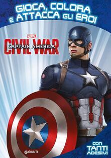 Nicocaradonna.it Captain America. Civil War. Gioca colora attacca eroi. Con adesivi. Ediz. illustrata Image